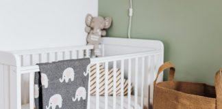 Jak wyposażyć łóżeczko dziecięce